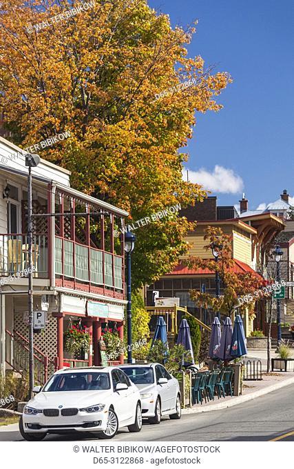 Canada, Quebec, The Laurentians, Sainte Agathe Des Monts, town center, autumn