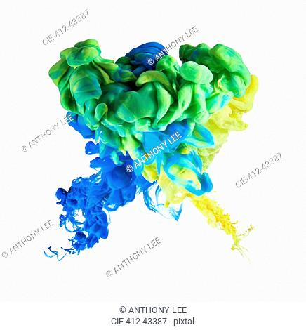 Multicolor ink formation on white background