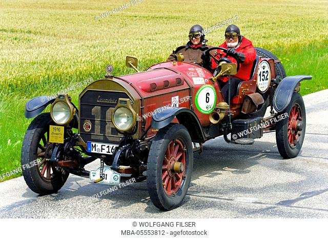 Old-timer rally 'Herkomer contention' in Landsberg in Lech for at least 80 year-old cars, here close Locomorock M48 speed coach, year of manufacture in 1916