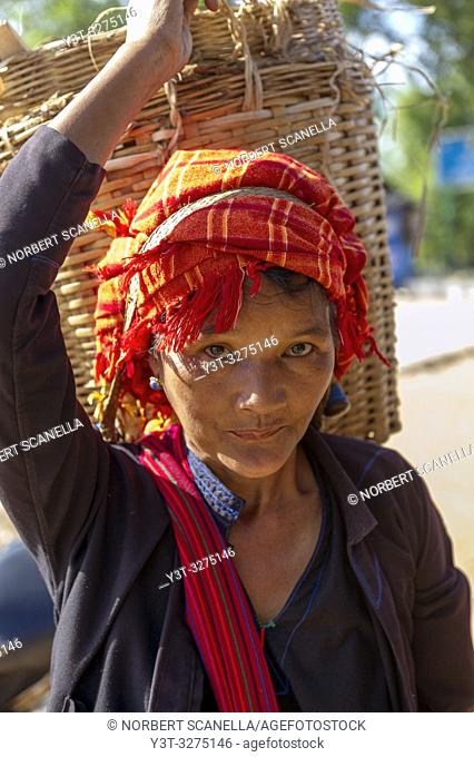 Myanmar (ex Birmanie). Inle lake. Shan state. Portrait of a woman of the PA-O ethnicity