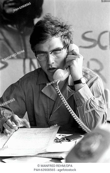 SDS chairman Karl-Dietrich Wolff, pictured during the preparations for actions against the emergency law in Frankfurt am Main on 13 May 1968