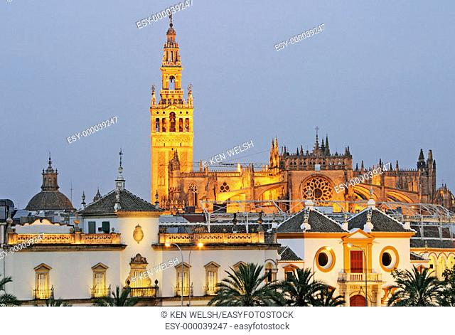 Giralda tower and cathedral. Seville. Andalusia, Spain