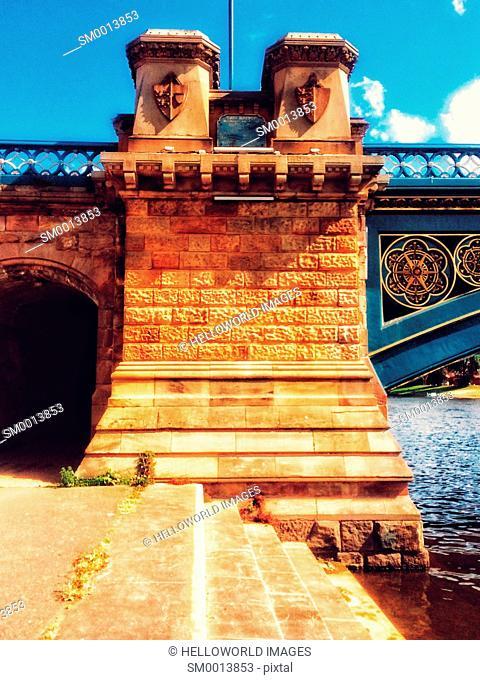 Riverbank at Grade 2 listed (1871) Trent Bridge, Nottingham, Nottinghamshire, east Midlands, England