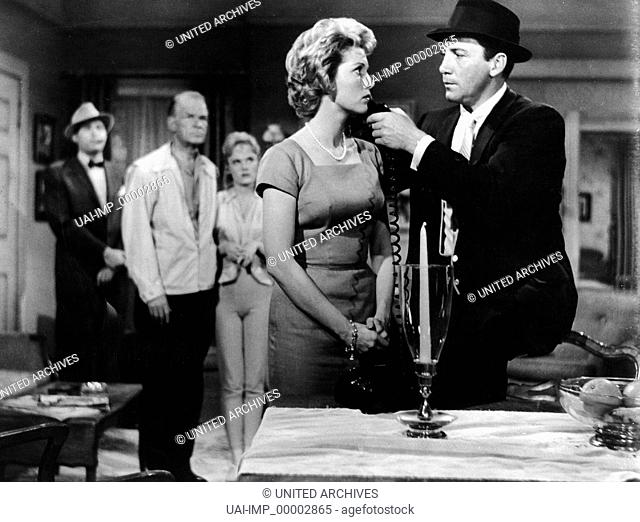 Die schwarze Hand der Mafia, (INSIDE THE MAFIA) USA 1959, Regie: Edward L. Cahn, ELAINE EDWARDS, CAMERON MITCHELL, Stichwort: Waffe, Bedrohung