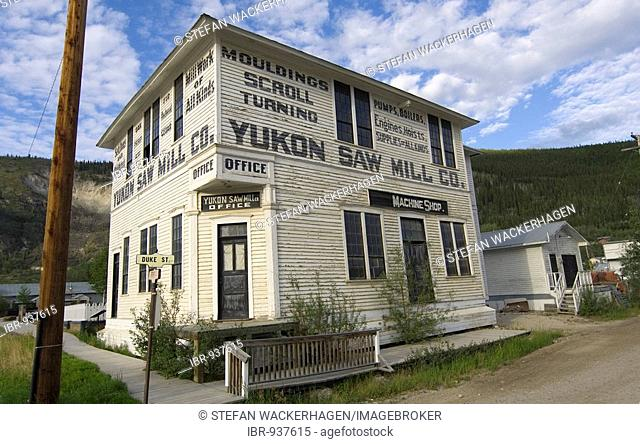 Historic wood building, Yukon Saw Mill, Klondike gold rush, Dawson City, Yukon Territory, Canada, North America