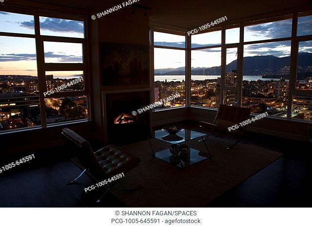Condo/Apartment at Sunset