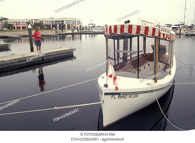 Daytona Beach, FL, Florida, Atlantic Ocean, A Tiny Cruise Line docked at Harbor Marina Showdock in Halifax Harbor in Daytona Beach