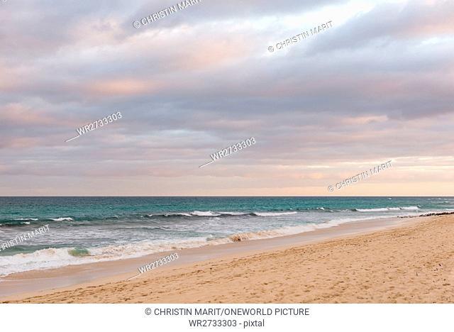 Spain, Canary Islands, Fuerteventura, Overcast over the sea on the Spanish island of Fuerteventura
