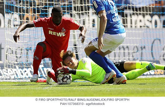 firo: 04.08.2018, football, 2.Bundesliga, season 2018/2019, VfL Bochum - 1.FC Cologne, Koeln RIEMANN before CORDOBA   usage worldwide