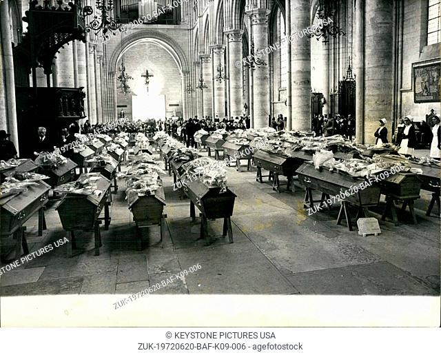 Jun. 20, 1972 - Funeral Held of Victims of Vierzy Tunnel Disaster in Soissons (Credit Image: © Keystone Press Agency/Keystone USA via ZUMAPRESS.com)