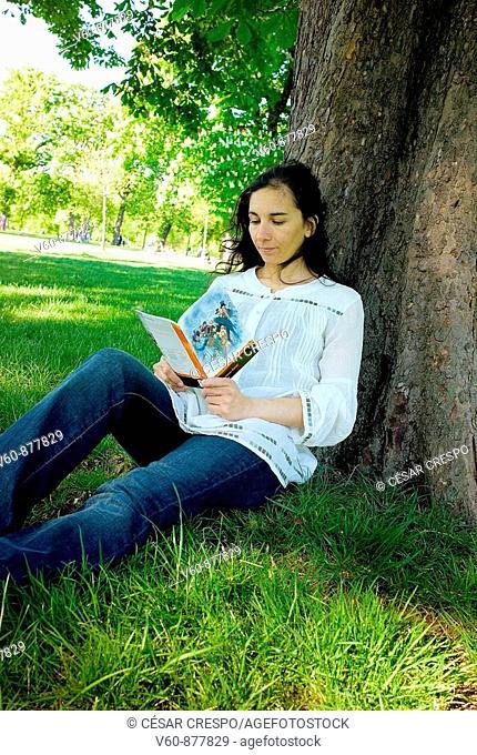 -Reading & Pleasure-