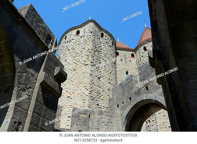 Partial view of the towers that compose the Narbonne Gate to the fortified city of Carcassonne. Languedoc - Roussillon, France