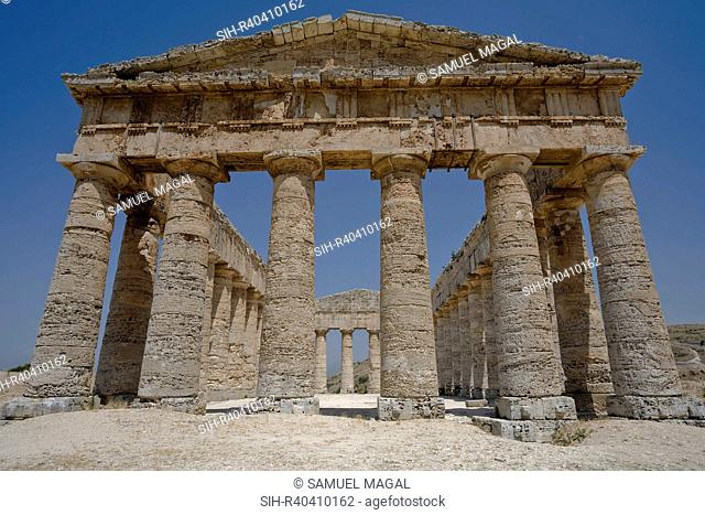 The Doric temple was built by the Elymian people in the 5th century BC, and is one of the best preserved examples of a Greek temple