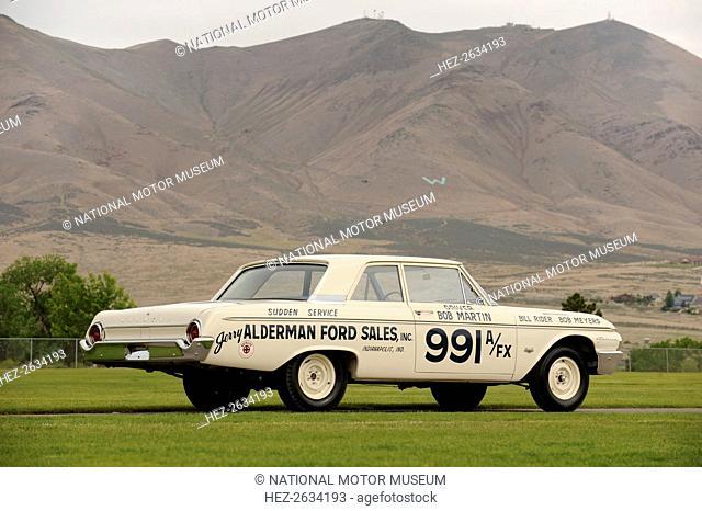 Ford Galaxie 500 race car 1962. Artist: Simon Clay
