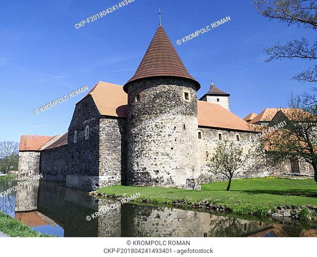 Water Castle Svihov, gothic granary behind the water canal - the Uhlava river. (CTK Photo/Roman Krompolc)