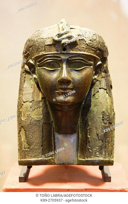 Funerary mask. Egyptian Pharaonic collection. Louvre Museum. Paris. France