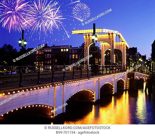 Magere Brug Skinny, Bridge Amstel Canal, Amsterdam, Holland