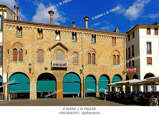 Europe, Italy, Veneto Veneto, Padua, Padova, Piazza Duomo, house front, architecture, building, palaces, place of interest, tourism, traditionally, people