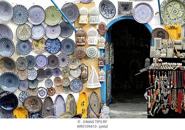 Africa, Tunisia, Sidi Bou Said, souvenir shop