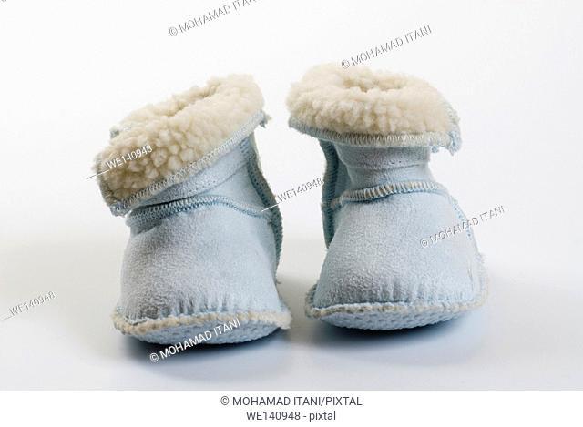 Newborns boots