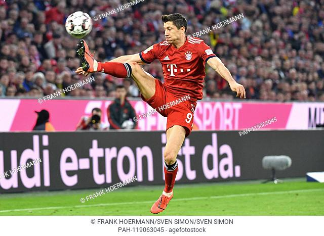 Fc bayern munich players robert lewandowski Stock Photos and