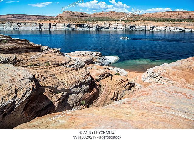 Lake Powell, Colorado River, Page, Arizona, USA