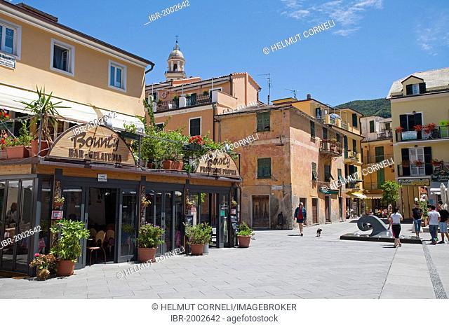Square with bar, restaurant, in Moneglia, Genoa Province, Liguria, Italian Riviera or Riviera di Levante, Italy, Europe