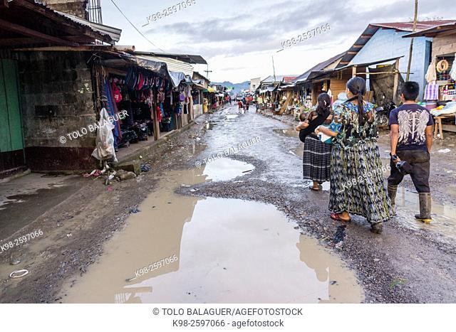 calle principal, Lancetillo, La Parroquia, zona Reyna, Quiche, Guatemala, Central America