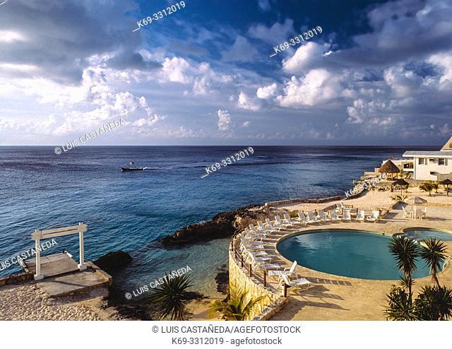Hotel Swimming Pool. Cozumel. (Yucatán) Mexico