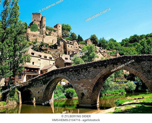 France, Aveyron, Belcastel, labeled Les Plus Beaux Villages de France (The Most Beautiful Villages of France), stop on El Camino de Santiago