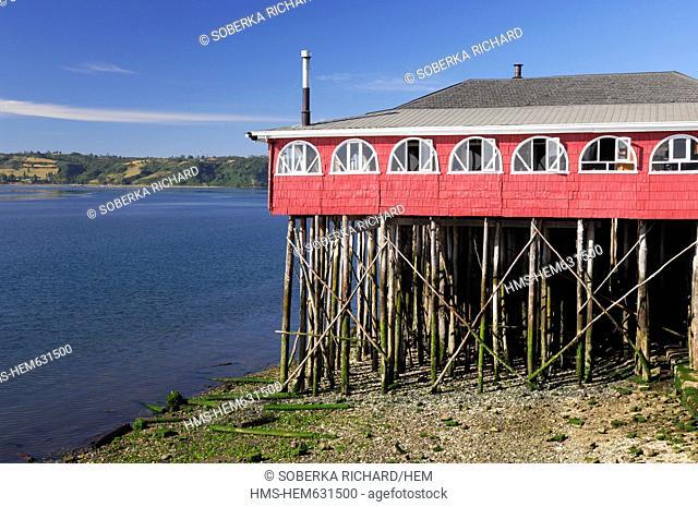 Chile, Los Lagos region, Chiloe province, Chiloe island, Castro, colorful houses on stilts in the bay of Castro