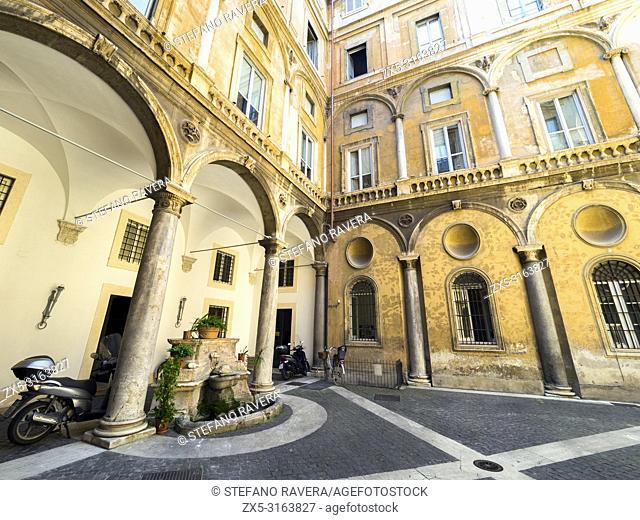 Courtyard of Palazzo Lante XVI century - Rome, Italy