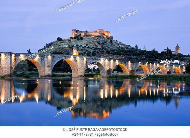 Spain-Spring 2011, Extremadura Region, Medellin City, Badajoz Province, birth place of Hernan Cortes, Guadiana river, medieval bridge and castle
