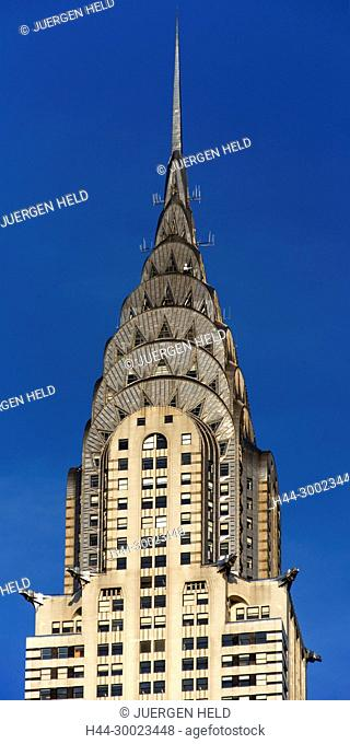 Chrysler building, vertical, black & white, New York