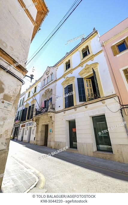 Banc de Felanitx, 1883 ,arquitecto Antoni Vaquer Noguera, mezcla entre historicismo neogriego y modernismo, Felanitx, Mallorca, balearic islands, Spain
