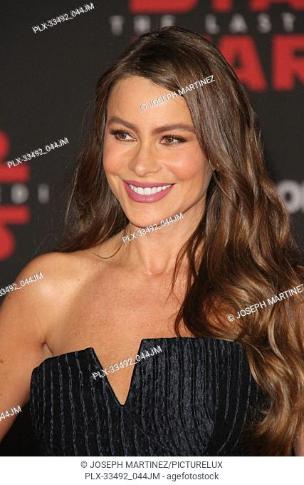 """Sofia Vergara at the World Premiere of Lucasfilm's """"""""Star Wars: The Last Jedi"""""""" held at the Shrine Auditorium in Los Angeles, CA, December 9, 2017"""