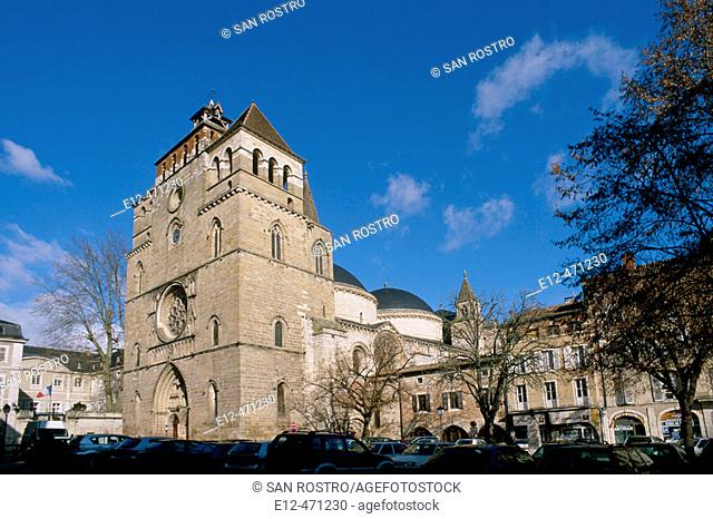 Saint-Etienne cathedral. Cahors city. Quercy. Lot. France