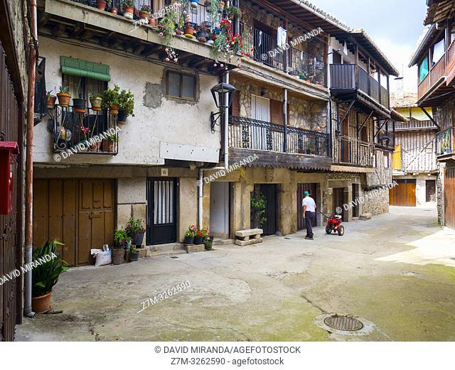 Calle típica. San Martín del Castañar. Sierra de Francia. Salamanca. Castilla León. España
