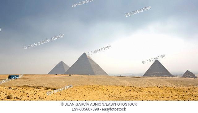 Pyramids Plateau