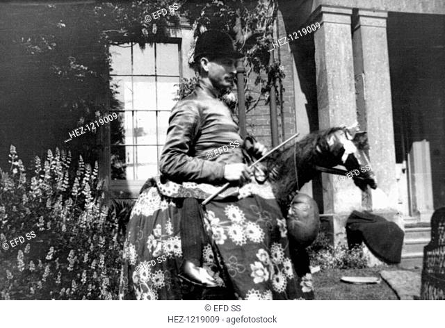 Eli Bennett as the horse, Bidford Morris Dancers, Redditch, Worcestershire, 2 June 1906. Photograph taken during Cecil Sharp's folk music collecting expeditions