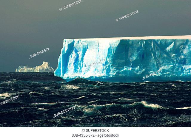 Large Tabular Icebergs and Rough Seas Near the Antarctica Peninsula