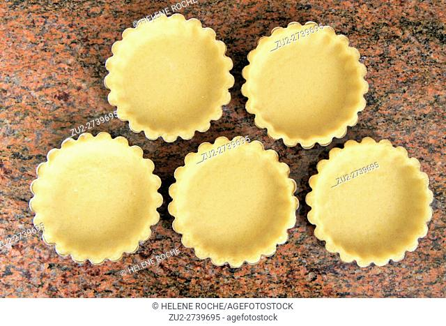 Uncooked tartlets