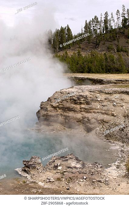 Excelsior Geyser Crater, Lower Geyser Basin, Yellowstone National Park, Wyoming, USA