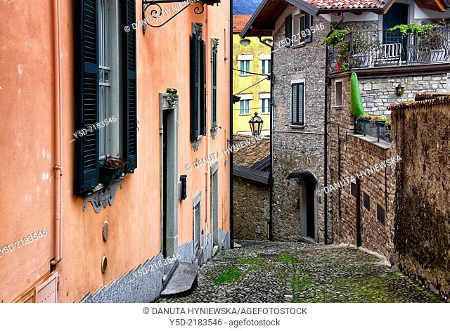 street scene, Varenna on Lake Como, Province Lecco, Lombardy, Italy