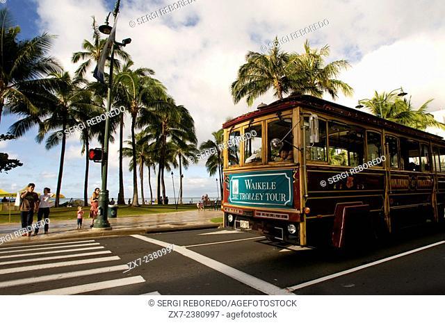 Waikiki Trolly, tourist bus shopping that runs between Waikiki and Honolulu. O'ahu. Waikiki Trolley Trolley is an Oahu-based transportation company that...