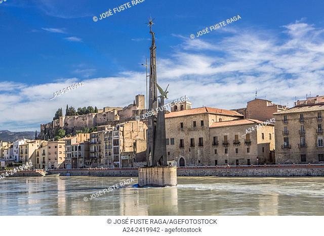 Spain , Catalonia, Tarragona Province, Tortosa City, Ebro river, Monument to the Ebro batle, Suda Castle
