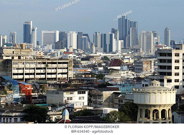 View over Bangkok from Wat Saket (Golden Mountain Tempel), Bangkok, Thailand
