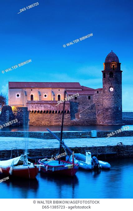 France, Languedoc-Roussillon, Pyrennes-Orientales Department, Vermillion Coast Area, Collioure, Eglise Notre Dame des Anges, evening