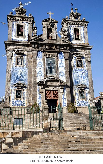 The church was completed in 1739, in a proto-Baroque style. It is named in honor of the Visigoth Ildephonsus of Toledo, bishop of Toledo between the years 657...