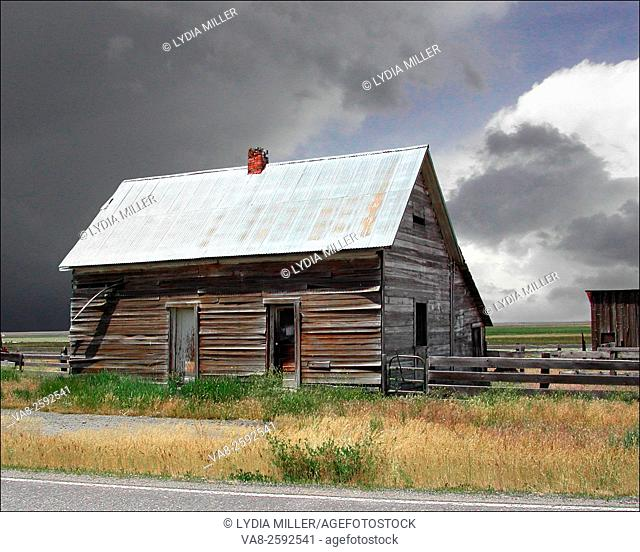 Old weathered wood house near Truckee, CA